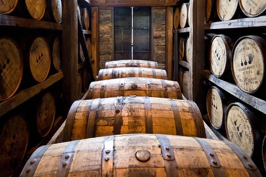 ウイスキー初心者向け|難しくないウイスキーの種類と違い