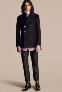 引用:https://jp.burberry.com/waisted-cashmere-wool-blend-pea-coat-p45531111
