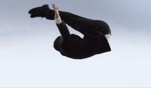 引用: http://www.hugoboss.com/jp/hugo-men-superblack-suit/