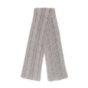 (引用: https://www.loropiana.com/jp/eshop/%E3%82%B9%E3%82%AB%E3%83%BC%E3%83%95-twist-knitted-baby-cashmere/p-FAE2470)