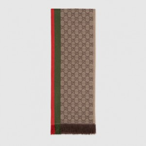 (引用: https://www.gucci.com/jp/ja/pr/men/accessories/hats-soft-accessories/scarves/gg-jacquard-wool-scarf-p-4338544G2004066?position=56&listName=ProductGridComponent&categoryPath=Men/Accessories/Hats-Soft-Accessories/Scarves)