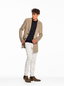 引用: https://www.scotch-soda.com/global/en/men/jackets-coats/classic-gentlemans-coat/101344.html?cgid=9&start=3&dwvar_101344_color=Camel