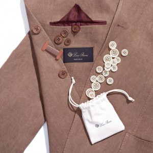 (引用: https://www.loropiana.com/jp/eshop/スーツ-dandy-suit-irish-linen-denim/p-FAF2710)