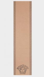 (引用: http://www.versace.com/international/en/men/accessories/foulards-scarves/medusa-head-knitted-scarf-i42d/ISC3003-IK0050_I42D.html?cgid='241300#start=1)'
