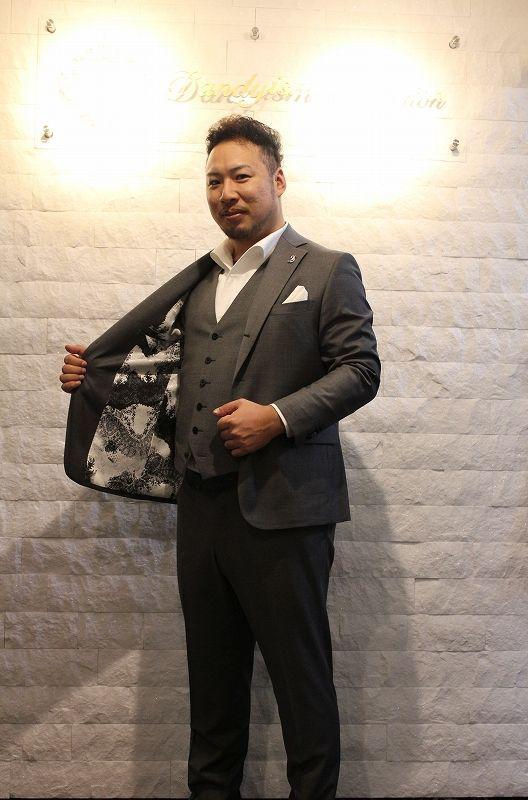 個性を引き出すBAHARIYE (バハリエ)グレー3Pスーツ