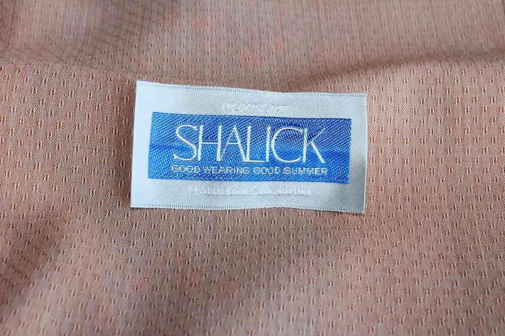 並外れた通気性とモヘヤの高級感 御幸毛織・SHALICK