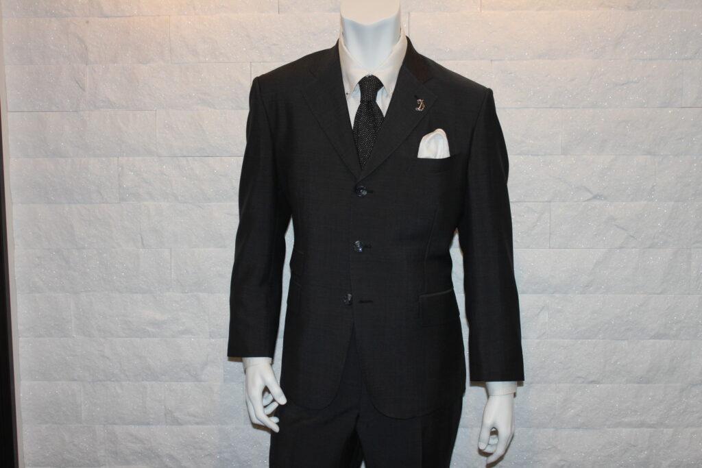 スーツ_チーフ