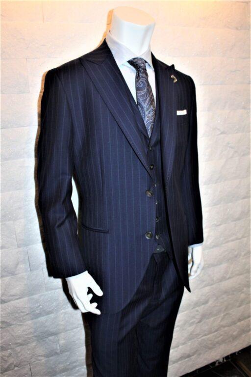 二つ釦スーツ
